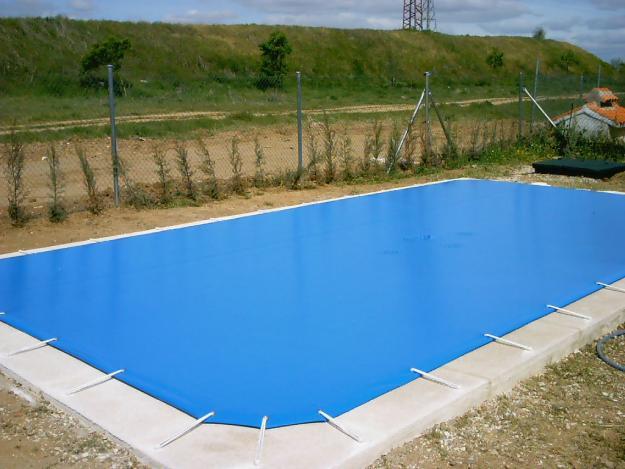 Lonas para piscinas en malaga grupos empresas for Lonas para piscinas desmontables