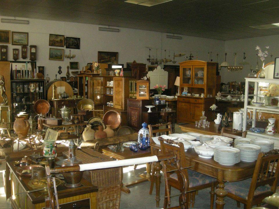 Tienda de antiguedades y muebles de ocasion importados de for Muebles de ocasion