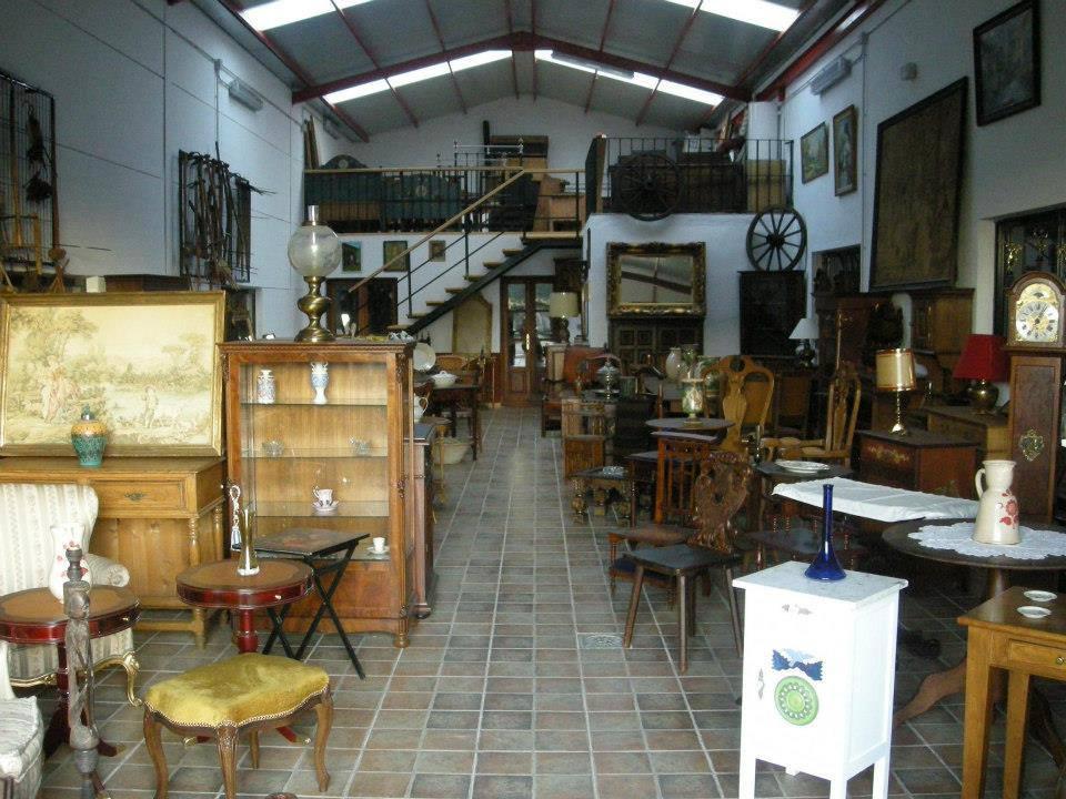 Tienda de antiguedades y muebles de ocasion importados de for Muebles segunda mano lugo
